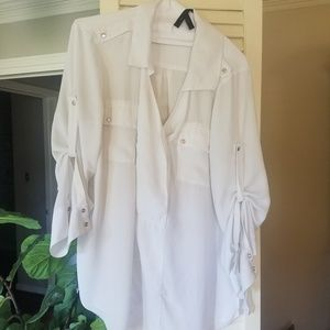 BCBG White Collared Roll sleeve blouse